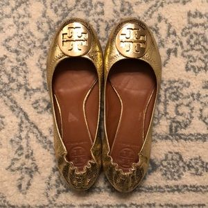 Tory Burch Shoes - Tory Burch Gold Ballerina Flats